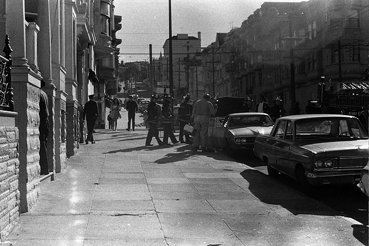Ashbury-looking-south-towards-Haight 0795 Chuck-Gould.jpg