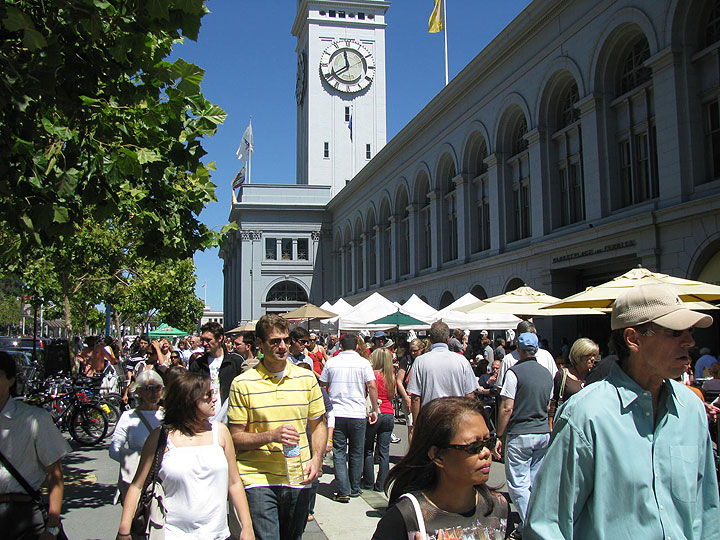 Ferry-bldg-farmers-mkt-along-embarcadero 3445.jpg