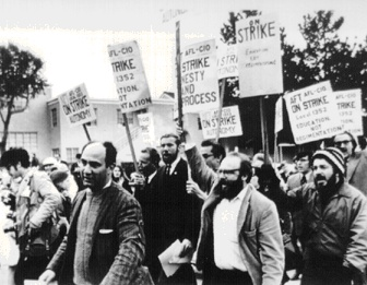 Sfsuingl$sfsu-strikers-march.jpg