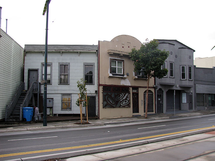 Dogpatch-3rd-st-slanted-facades-for-old-ropewalk 2280.jpg