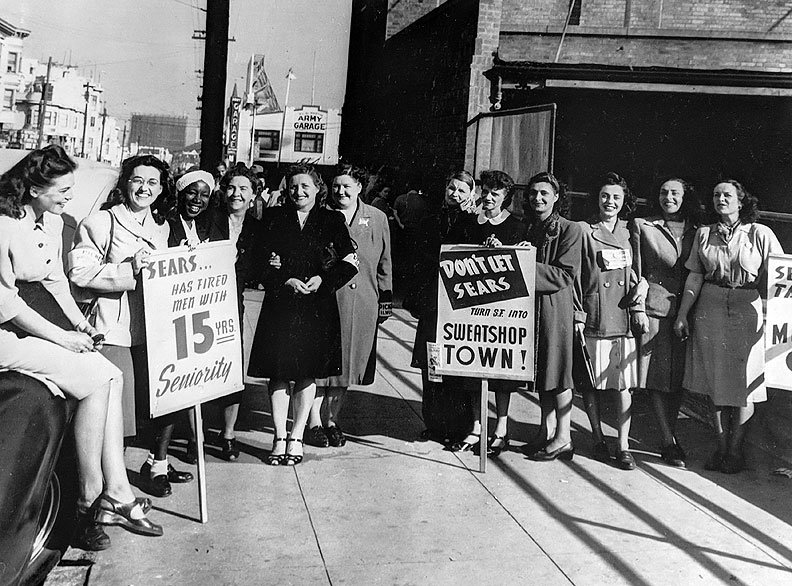 Sears-picket-line-1940s.jpg