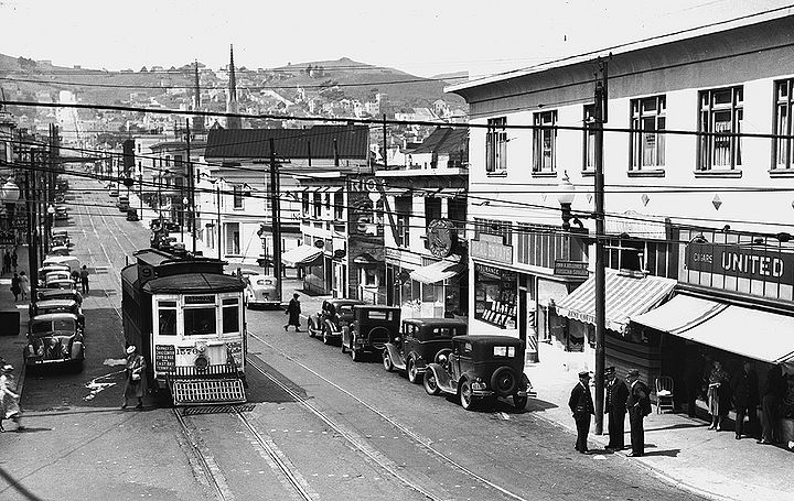 Streetcar-No-9-on-29th-Street-looking-west-c-1930.jpg