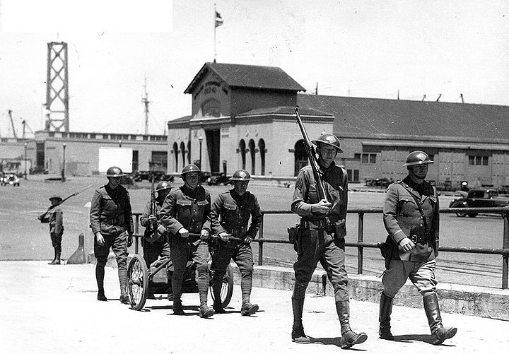 Calif-National-Guard-on-strike-duty-1934 photo-by-Mike-McGarvey.jpg
